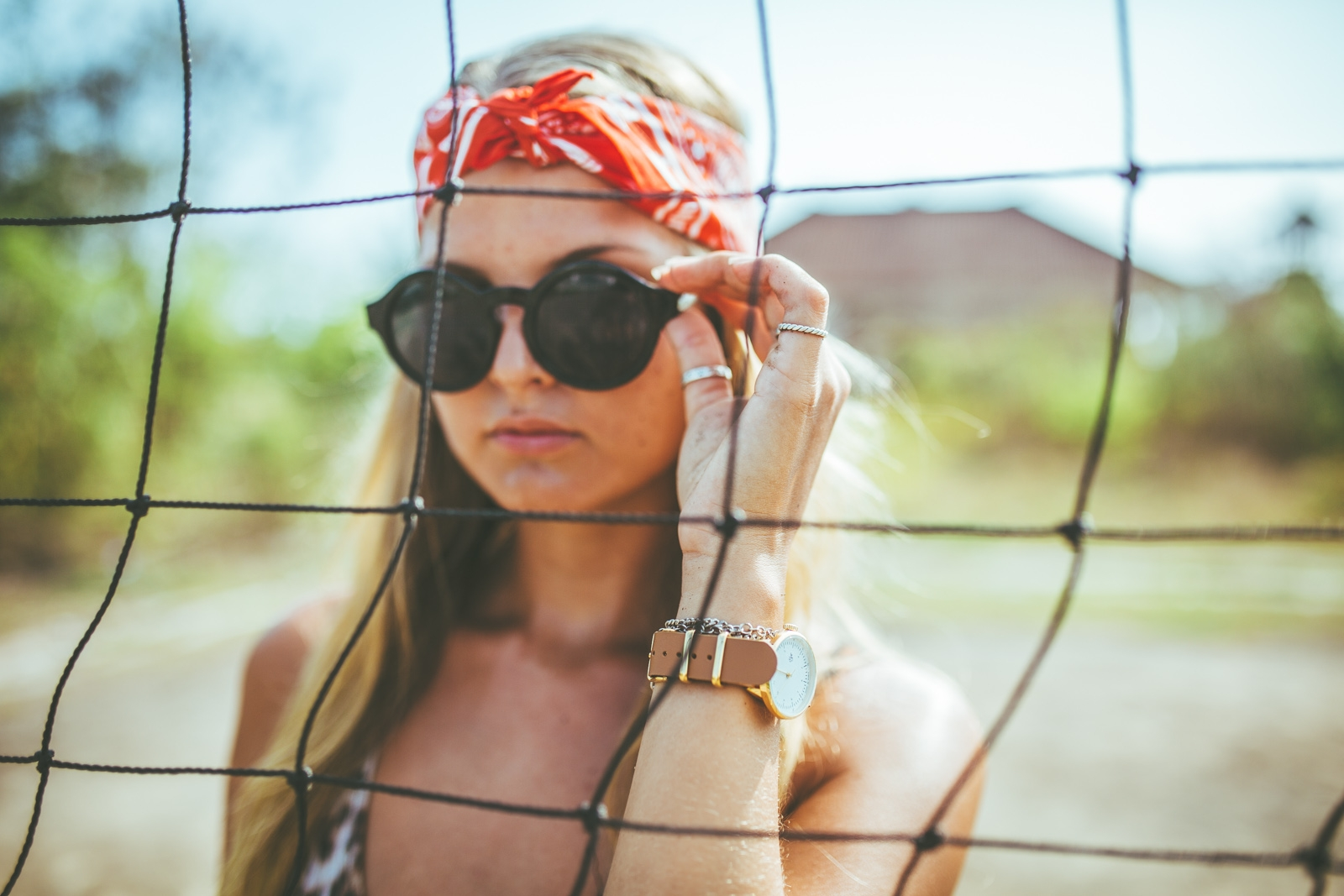 Elin-w.-Harold-Mini-Gold-Sarah-sunglasses_3 CHPO
