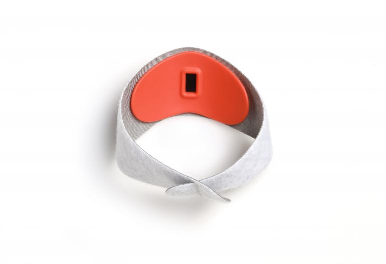 sproutling-baby-monitor-smartband-wearable-wearinasia